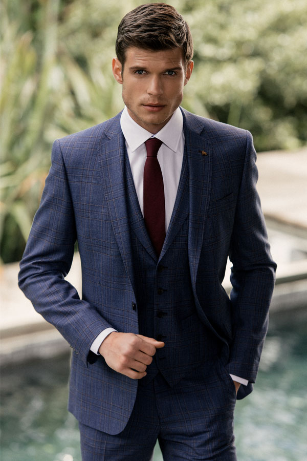 The Finn Tailored Fit Check 3-Piece Suit