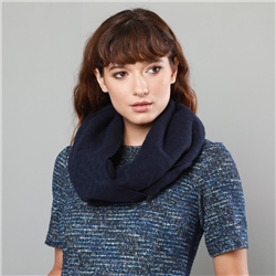 Magee 1866 Navy & Grey Pure New Wool Scarf