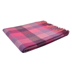 Magee 1866 Tonal Pink Poppy Patchworks Throw