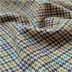 Magee 1866 Rockall - Coloured Houndstooth Donegal Tweed