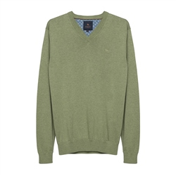 Magee 1866 Carn Cotton V-Neck Jumper in Moss Green