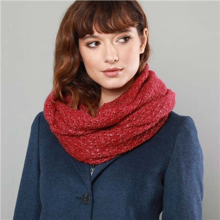 Luxury Red Loose Knit Snood  - Click to view a larger image