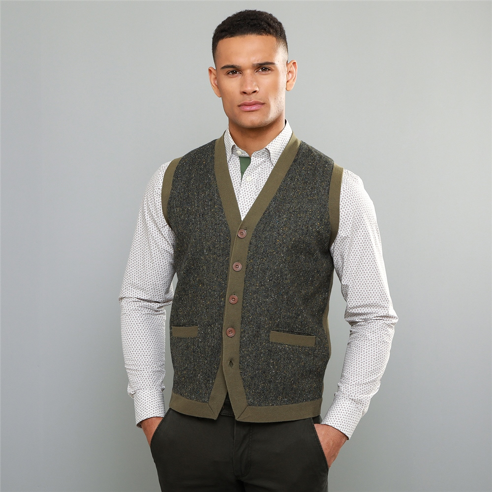 60s 70s Men's Jackets & Sweaters Magee 1866 Green Darney Donegal Tweed Knitted Waistcoat £130.84 AT vintagedancer.com