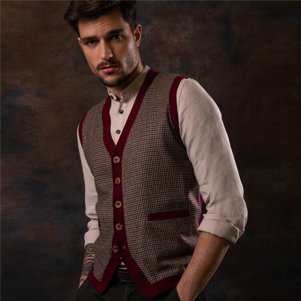 1960s -1970s Men's Clothing Magee 1866 Red Darney Tweed Knitted Waistcoat £139.00 AT vintagedancer.com